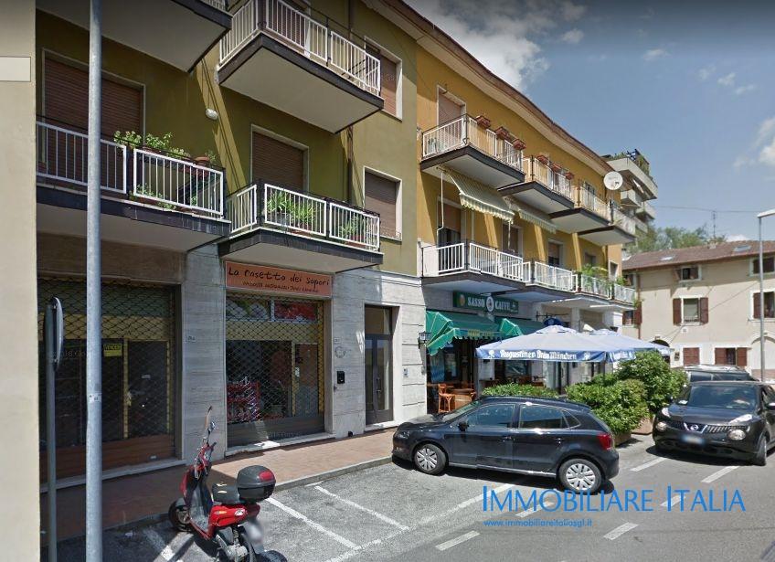 Negozio / Locale in vendita a Verona, 2 locali, prezzo € 50.000   CambioCasa.it